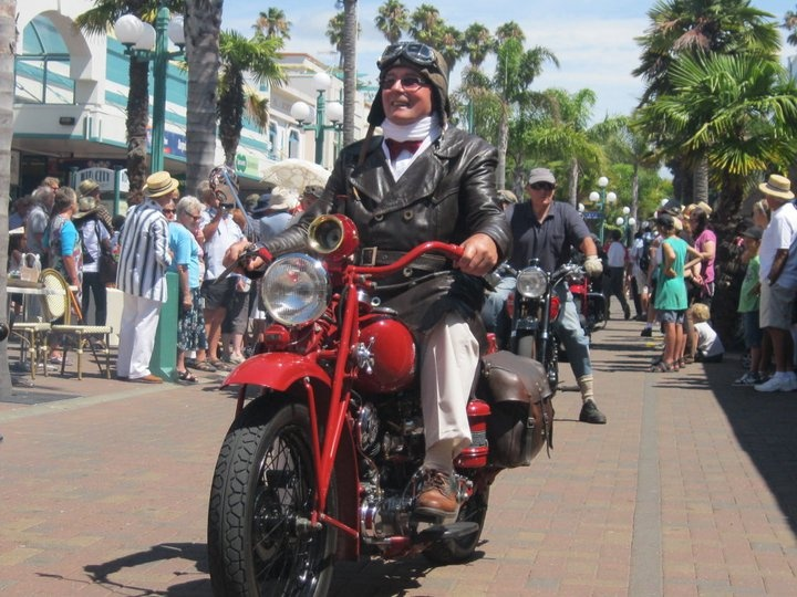 The Vintage Bikes all come out and join the Art Deco Parade in Napier. What an amazing sight!