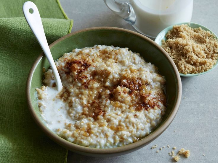 Steel Cut Oatmeal recipe from Alton Brown via Food Networks- made 3x the amount. Add pinch of salt and 5ml (15ml if x3) vanilla extract when adding milk