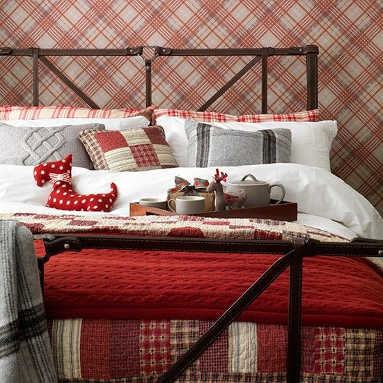 Traditional tartan-themed bedroom | Traditional bedroom ideas | Bedroom | PHOTO GALLERY | Housetohome.co.uk