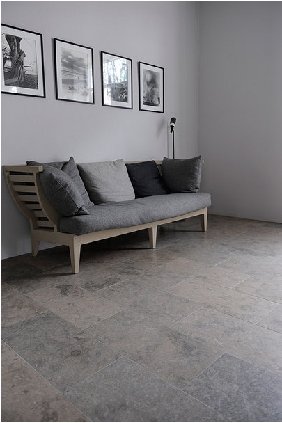 Limestone floor from Stiltje