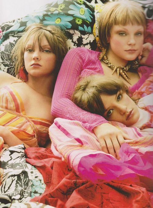 Heather Marks, Jessica Stam and Cameron Russell for Isetan Spring 2004 photographed by Craig McDeanCraig Mcdean, Sisters Pictures, Hair Style, Fashion Photography, Beautiful Face, 2004 Photos, Colors Cuddling, Gypsy Styleorama, Colors Inspiration
