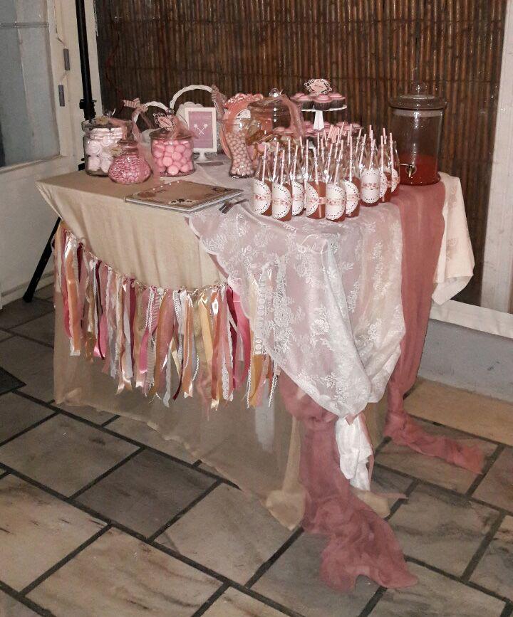 Τραπέζι ευχών, ροζ κουφέτα, cupcake ψάθινο καπέλο, ροζ λεμονάδα και γιρλάντα με κορδέλες και φυσικά το βιβλίο ευχών, σε στυλ ρομαντικό και shabby chic! #myeventfairies #events #boutiqueevents #tables #deco #decoration #bookofwishes #ribbons