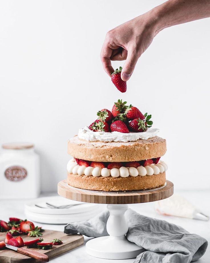 была удивлена, как правильно сфотографировать торт лаванды также выбирают