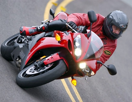 Riding up Mount Palomar on a 2004 Yamaha R-1 Photo by Tom Riles