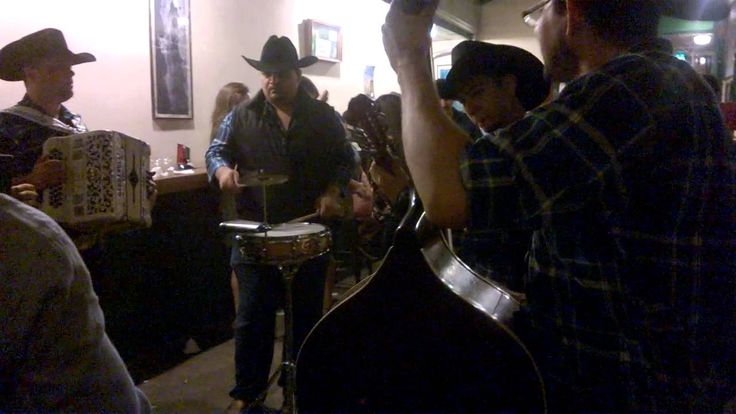 Metallica - Enter Sandman- An awesome cover by a norteño band in Cantina Hussong's, Ensenada, Baja California