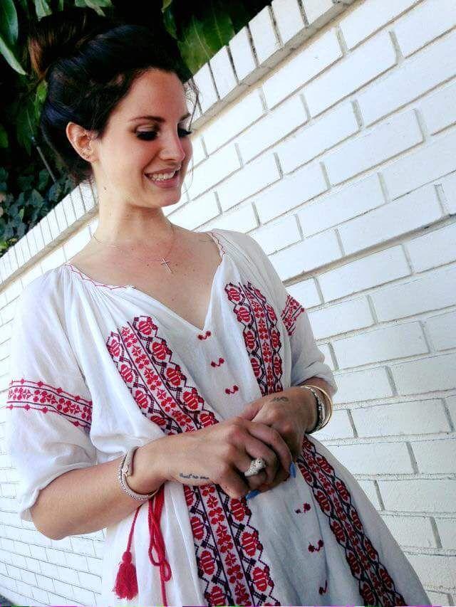 Lana del Rey wearing a romanian blouse