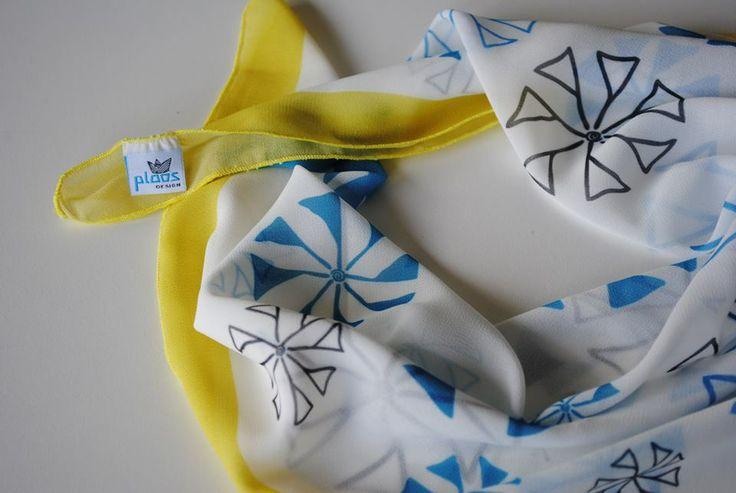 Ploos design scarf