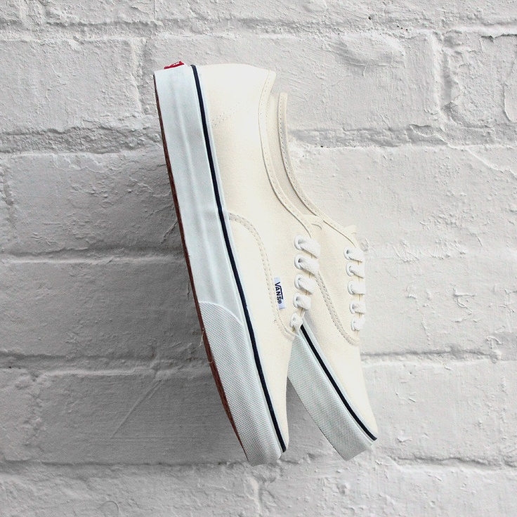 Vans 'Authentic' - White