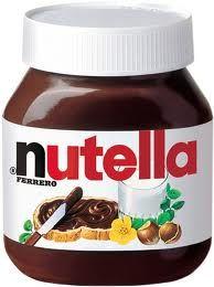 primo premio un vaso di nutella da kg!!! addio dieta :-) ma noi non sappiamo resistere! ogni volta che proponiamo il dolce alla nutella va a ruba...e allora, che nutella sia!