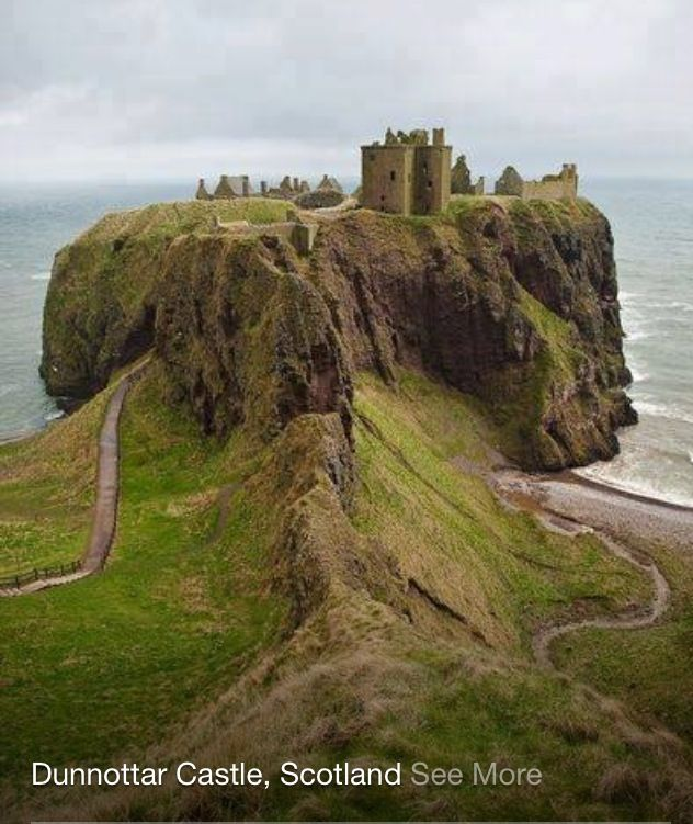 Dunnottar Castle, Scotland. A perfect image of what I imagine Scotland to be :) I'd love to see Scotland!