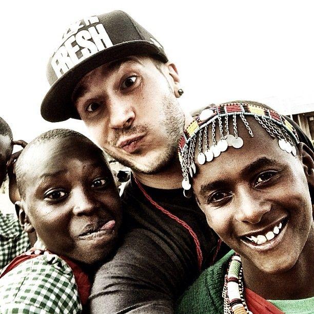 Shawn Desman went on a Me to We trip to Kenya -- looks like he made some new friends! #kenya #shawndesman #metowe #metowetrips #travel #volunteer