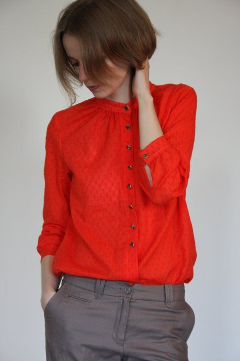 A brilliant blouse by kogogo. Get the pattern she used: http://www.burdastyle.com/patterns/blouse-032012