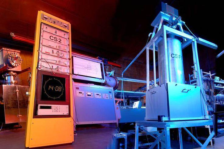 Funkuhren erhalten die Uhrzeit von den Atomuhren - http://herrenuhren24.net/glossar/atomuhr-in-deutschland/ #atomuhren #atomuhr