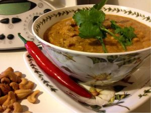 Chicken in Cashew Gravy