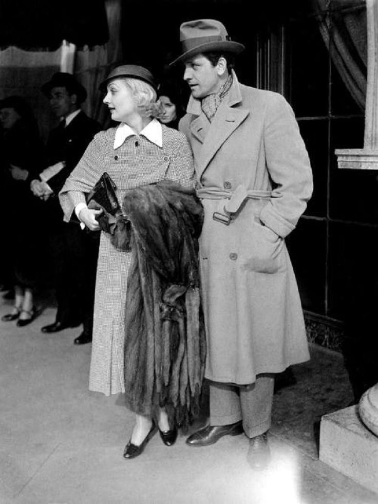 Imagine standing on Wilshire Blvd and seeing Carole Lombard and Fredric March on the sidewalk outside The Brown Derby restaurant. - 1934.