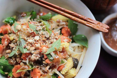 Thai Peanut Sauce Stir Fry  http://www.lovefoodeat.com/stir-fried-noodles-with-thai-peanut-sauce/#