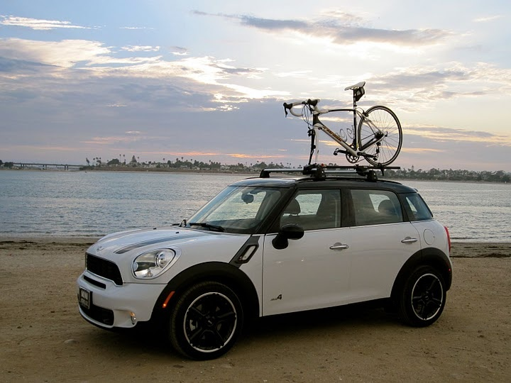 Countryman With A Roof Mounted Bike Rack. Now If Only I Had A Bike.