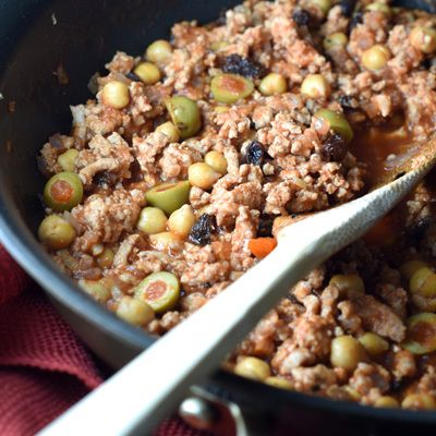 Ground turkey simmered in tomato sauce, STAR Pimiento Stuffed Manzanilla Olives, beans, raisins, and spices - perfect served over rice or as a taco filling!