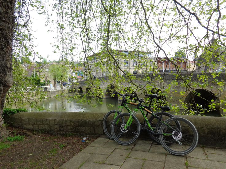 You can pick up bicycles to hire from Towpath Trails near the station at Bradford On Avon. It is 12 miles up to Devizes (90 minutes cycle) along the car free tow path.