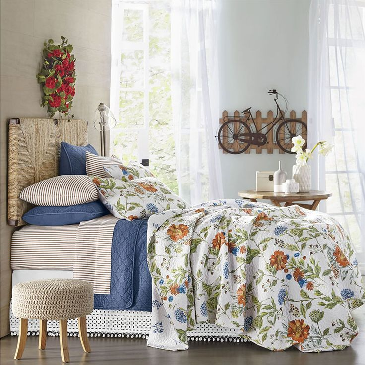 Lovely Whether You Find Inspiration In Water Colored Shades Of Purple And Blue  Lilies, Or