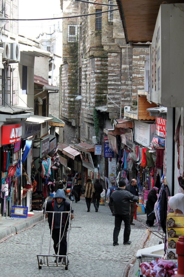 This amazing streets of Istanbul