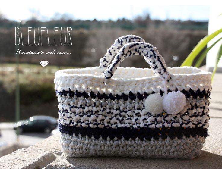 Capazo a crochet realizado con Trapillo