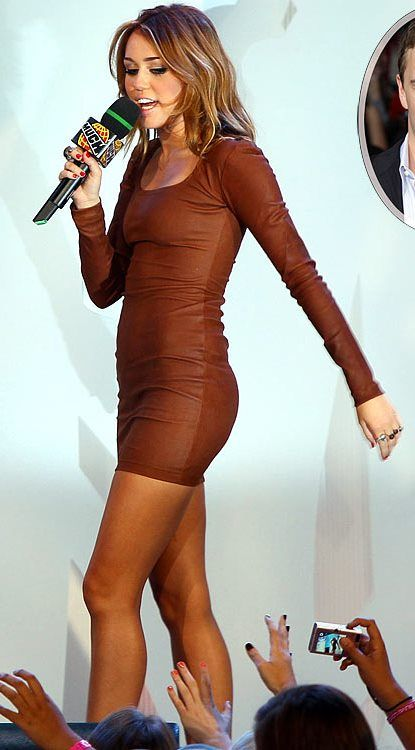 Miley Cyrus brown leather long-sleeved mini dress (2010 MuchMusic Video Awards)