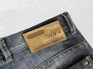 Resultado de imagem para etiquetas para jeans