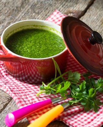 Низкокалорийный суп из шпината