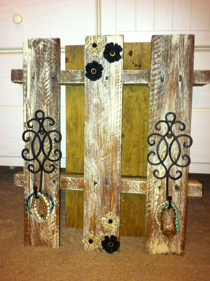 pallet project... could also add candle holders