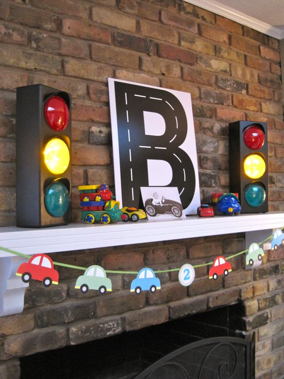 Road letters as decoration, car banner matches cars on invites