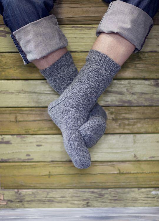 Strukturmönstrade strumpor Novita 7 Bröder   Novita knits