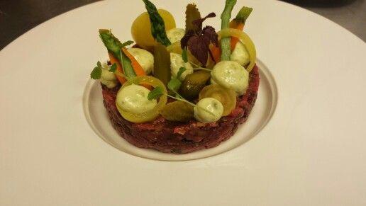 Steak tartaar met zuurtjes, #lekkereten #diner #pinterest