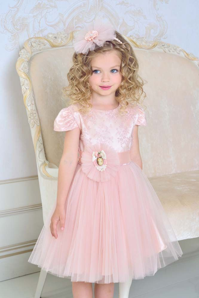 Новогоднее платье  для девочки с бантом
