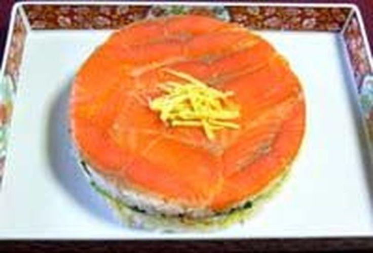 Create a Beautiful Cake Using Sushi Ingredients