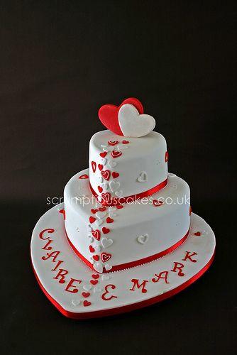 heart shaped wedding cake ideas | Wedding Cakes With Hearts With Three Heart Shaped Black Wedding Cakes ...