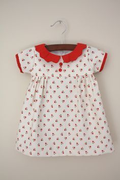 Vintage Girl's Dress - Free Sewing Tutorial with Awesome Step-by-Step Photos!!
