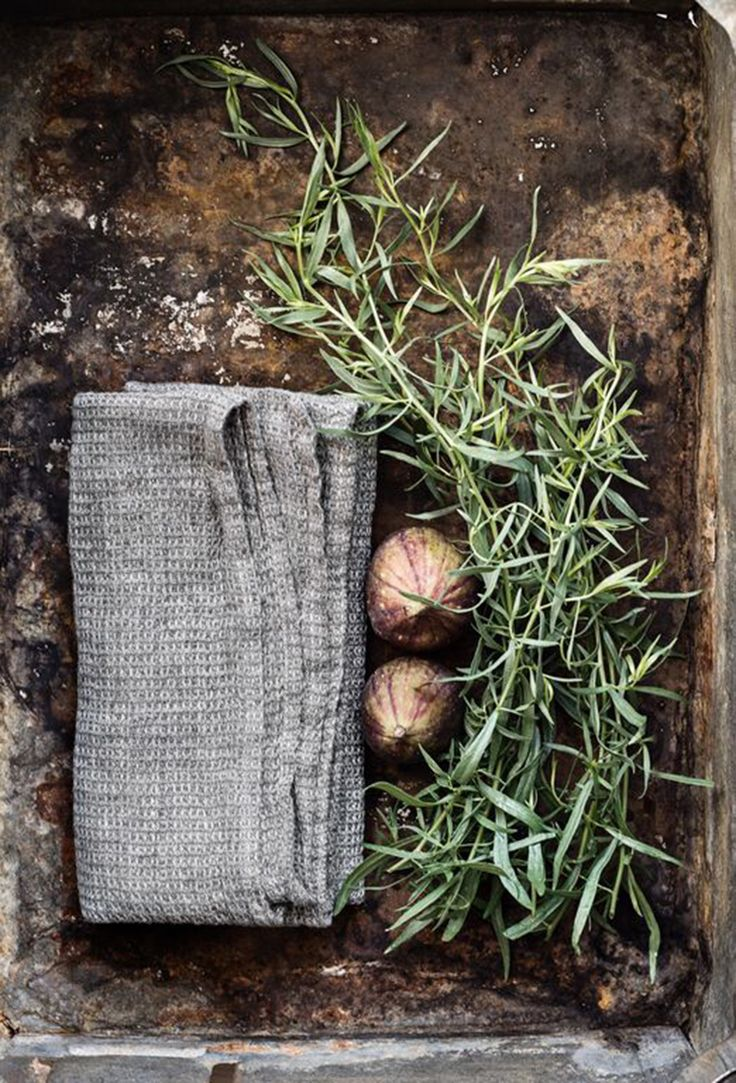 Est-Magazine-Mercantile-Towel