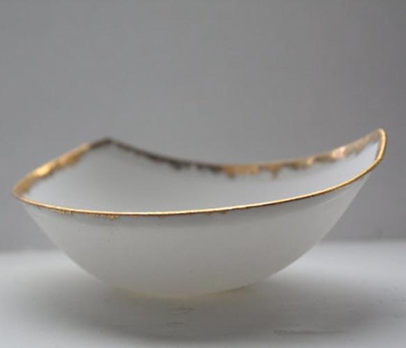 Gold Bone China BoatBones China, Gold Bones, Vases Bowls Bottle Baskets, Boats Uncovet, Gold Laden, China Boats, Laden Bones, Bone China, Object