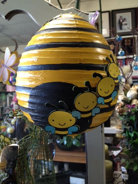 Beehive W Bees Paper Lantern This Is A Cute Hanging Decor From An Upcycled