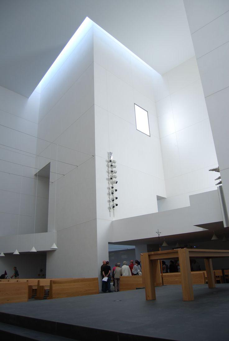 Galería - Rafael Moneo y su reciente obra: La Iglesia de Iesu - 41
