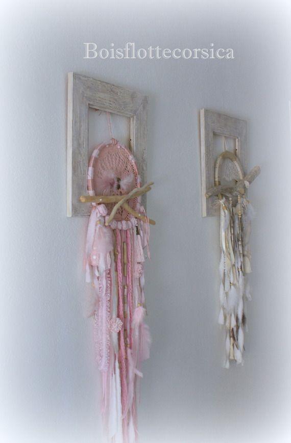 grand dreamcatcher rose avec bois flott attrape r ve. Black Bedroom Furniture Sets. Home Design Ideas