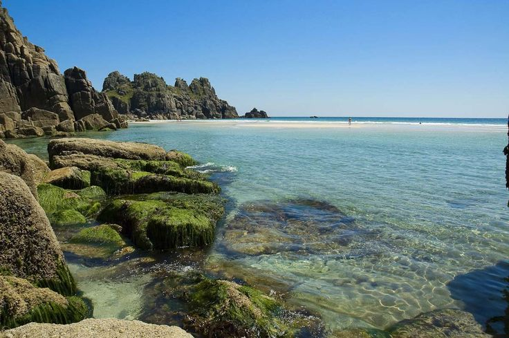 Think North Cornwall for some superb surf: Polzeath Beach, Polzeath Polzeath beach is a perfect for newbie surfers, it is pretty cool territory with