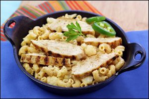 Hungry Girl recipe swap for guilt-free Southwest-Style Mac 'n Cheese. Pin and make today!
