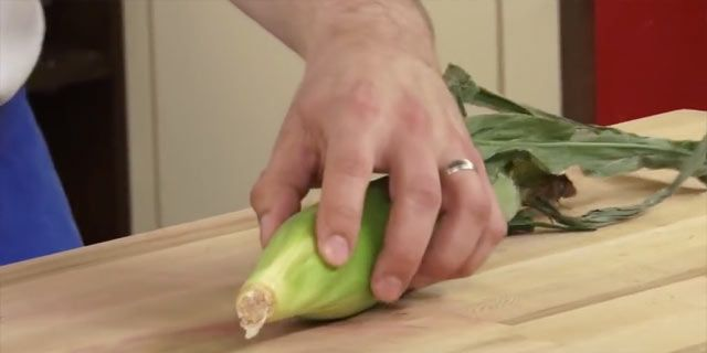 The less than one minute video quickly goes over the easiest way to shuck corn on the cob so check it out and try this method the next time you're having it for dinner: