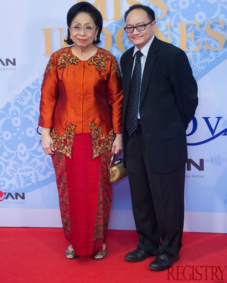 Mrs. Martha Tilaar & Mr. Bryan Tilaar at @MissIndo_RCTI Final Night took place at Studio RCTI Jakarta on the 24th February 2016 #RegistryE #Event