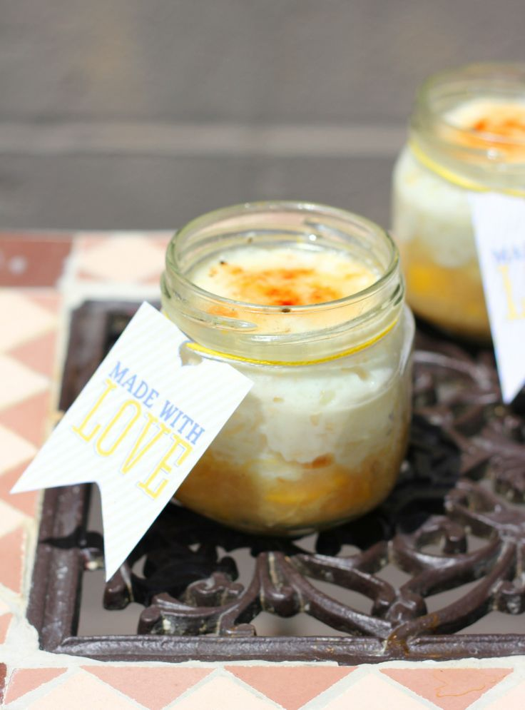 Ris à l'amande Brûlée with Peach Compote