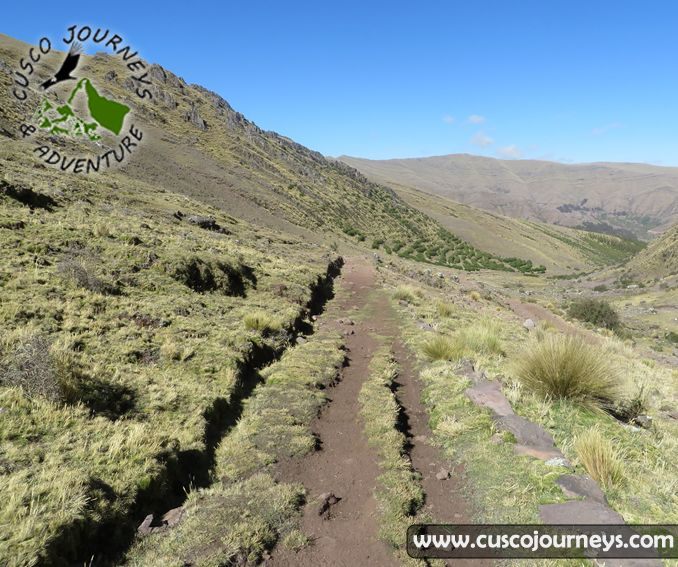 Huchuy Qosqo Trek to Machu Picchu 3D 2N, (small Cusco) is perfect if you are looking for a one day walk in the mountains observing the beautiful landscapes and wildlife of the Urubamba Mountian Range in the Andes. #cuscojourneys, #cusco, #peru, #trek, #tours, #machupicchu, #huchuyqosqo,  http://www.cuscojourneys.com
