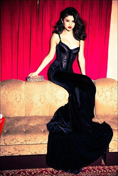 98 best images about Selena Gomez Dresses on Pinterest | Selena ...