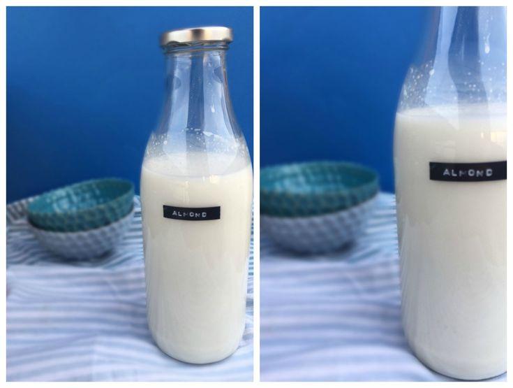 Mælkefri kaffe latte med hjemmelavet mandelmælk --> Madbanditten.dk